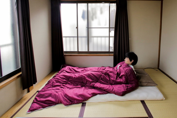 The Wider Image: Less is less - Japan's minimalists